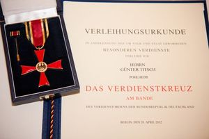 Federal cross of merit with certificate