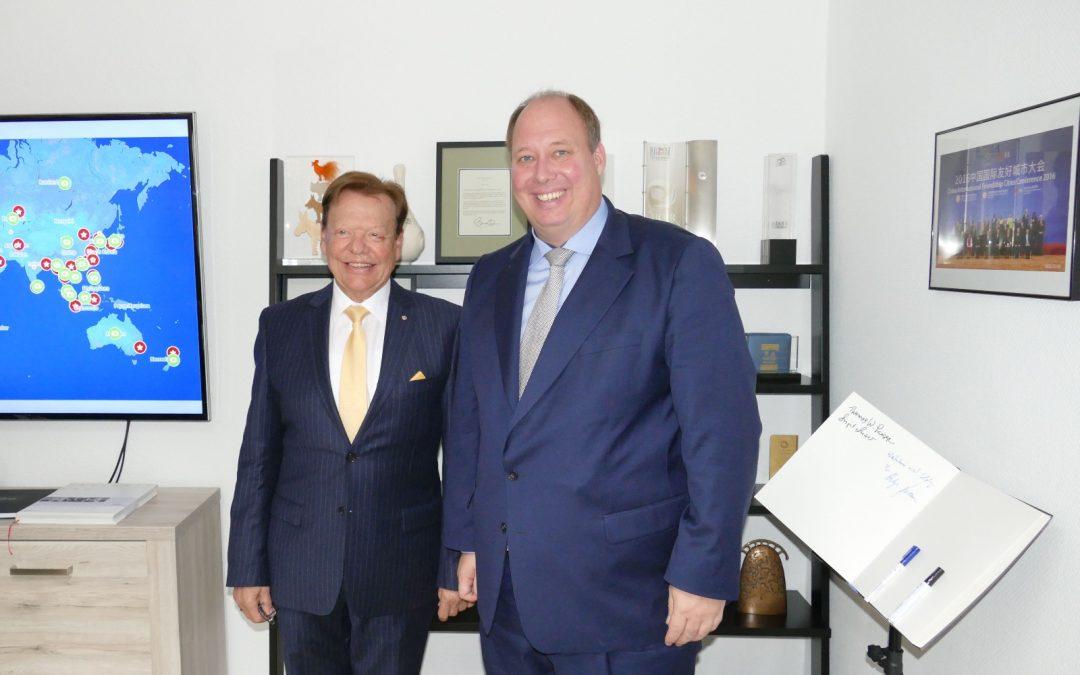 Chef des Bundeskanzleramts zu Besuch bei INTERKULTUR